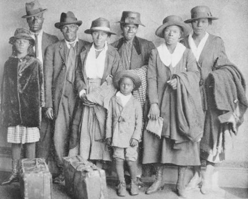 blacksmovenorthgreat_migration_family